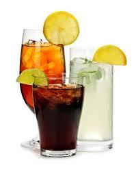 العنف لدى الشباب مرتبط بالمشروبات الغازية