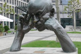 تمثال التفكير، مدينة شتوتجارت، ألمانيا